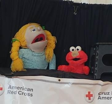 Red Cross Puppets singing